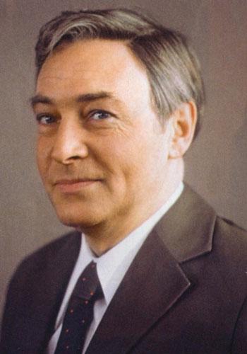 Тихонов Вячеслав Васильевич
