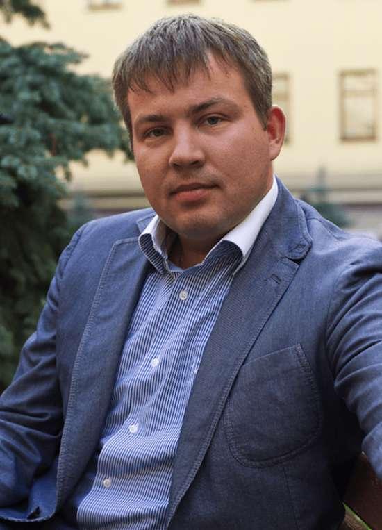 Серов Александр Юрьевич