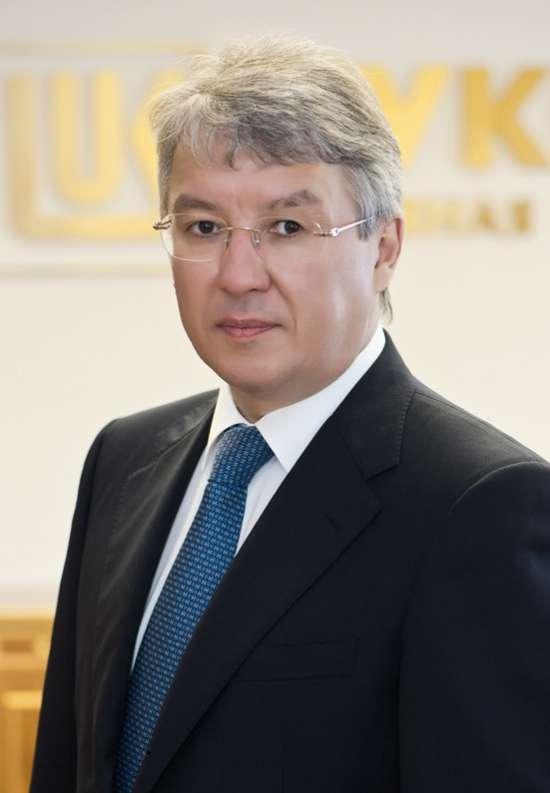 Шамсуаров Азат Ангамович