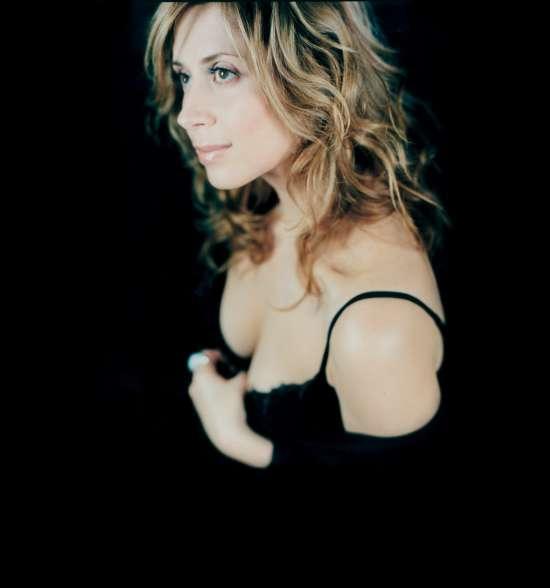 Лара Фабиан