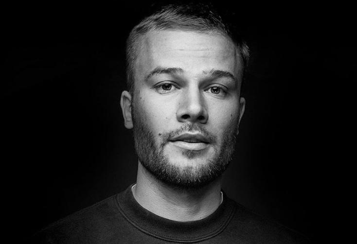 Черно-белое фото Макса Коржа