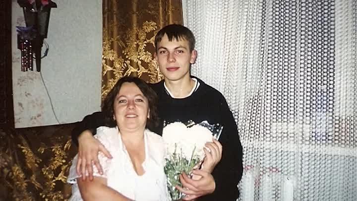 Ярослав Сумишевский в детстве с мамой