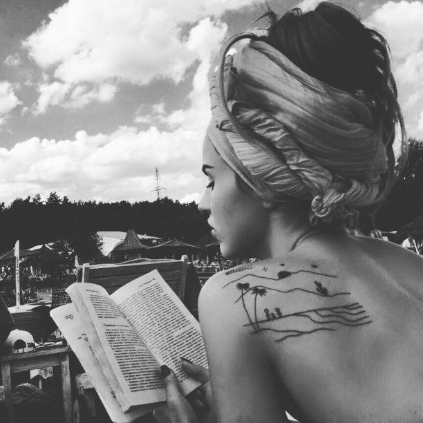 Татуировки Юлии Зиверт