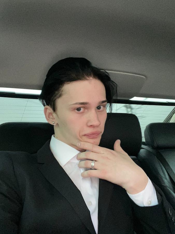 Даня Милохин - фотографии